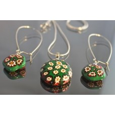 Green Murano glass jewellery set
